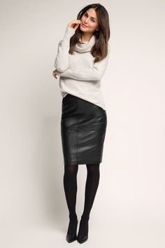 29 Charming Casual Work Outfit To Look Amazing – Trendy Fashion Ideas Fashion Moda, Look Fashion, Skirt Fashion, Trendy Fashion, Fashion Outfits, Womens Fashion, Fashion Ideas, Office Fashion, Fashion Tights