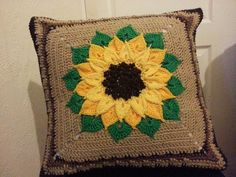 Ravelry: Liuanta's Sunflower cushion