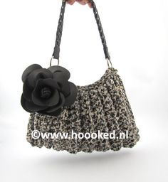 Zpagetti handbag made by Hoooked