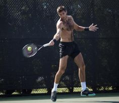 Juan Martin Del Potro Practices his Serve and Forehand (PICS INSIDE)