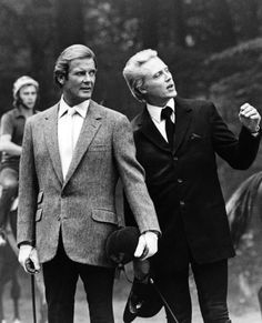 Roger Moore and Christopher Walken - A View To A Kill - James Bond