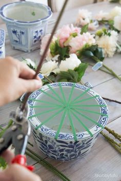 How to arrange faux flowers in a pot with floral tape only. Floral arrangements diy Fake Flower Arrangements -Make Them Look Real DIY Fake Flower Centerpieces, Fake Flowers Decor, Artificial Floral Arrangements, Fake Plants Decor, Wedding Flower Arrangements, Faux Flowers, Silk Flowers, Flower Decorations, Fresh Flowers