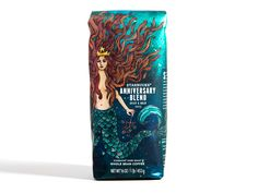 For this year's Anniversary Blend, Starbucks wanted to show the true artistry and complexity of the coffee. The siren was redrawn and given a bolder look. The #plastic #packaging uses a hand-drawn illustration, texture, bright watercolors and intricate detail.