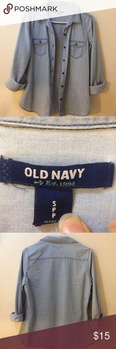 Old Navy Denim Shirt, size Small Old Navy Denim Shirt, size Small, 100% cotton Old Navy Tops Button Down Shirts