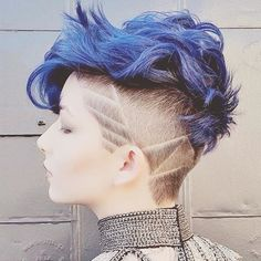 Today we show off you the Best & Perfect Styles of Blue Hair Color Ideas on short hair for the Top Celebrity girls and women. This Post and Below Picture will help you to make the Right choice of your hair color. Short Blue Hair, Short Hair Cuts, Pixie Cuts, Short Pixie, Shaved Pixie Cut, Asymmetrical Pixie, Curly Pixie, Pixie Hairstyles, Pretty Hairstyles