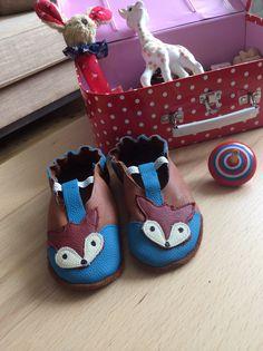 Sind die nicht einfach nur superschön?! #shoemimicsbarefeet #gift #Baby #Schühchen #Krabbelschuhe #Hausschuhe #Puschen #Babyschühchen #Geschenk