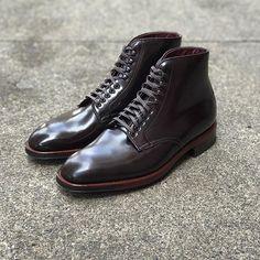 brickmortarseattle Just Arrived: Color 8 Plaza Last Plain Toe Boot // Details: 360 flat welts, antique edges, and commando soles. // #BrickMortarSeattle 2017/03/12 05:49:42