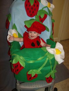 Pin for Later: Stroller Costumes: Outfitting Baby's Halloween Ride! Strawberry Patch Strawberry fields are forever when you get a pic of your mini me decked out in red and sitting in a sunny patch of a stroller costume. Stroller Halloween Costumes, Stroller Costume, Toddler Costumes, Family Costumes, Baby Costumes, Infant Halloween, Halloween Photos, Holidays Halloween, Halloween Ideas
