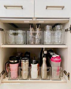 Kitchen Organization Pantry, Home Organisation, Organization Ideas For The Home, Organizing Ideas For Kitchen, Home Storage Ideas, Bedroom Organization, Organization Hacks, Organising Ideas, Shelving Ideas