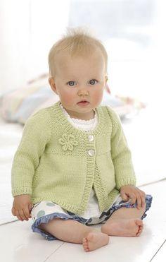 Diy Crafts - Coats in Sirdar Snuggly Baby Bamboo DK - 1752 Sirdar Knitting Patterns, Beginner Knitting Patterns, Knitting For Kids, Knitting For Beginners, Baby Cardigan, Baby Pullover, Crochet Yarn, Knitting Yarn, Baby Bamboo