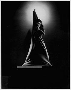 Edward STEICHEN :: modern dancer and choreographer, Martha Graham, 1931