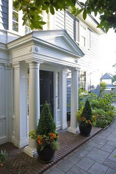 Click over here revised entrance porch design House With Porch, House Front, Porch Kits, Building A Porch, American Houses, Architecture Details, Exterior Design, Portal, Beautiful Homes