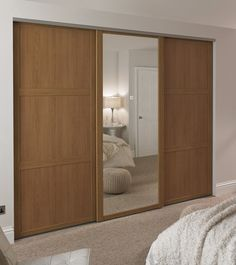 Oak Shaker panel door and Oak Shaker mirror door
