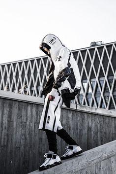 Streetwear Onizuka Daily Streetwear Outfits Tag to be featured DM for promotional requests Grunge Look, 90s Grunge, Grunge Style, Soft Grunge, Mode Cyberpunk, Cyberpunk Fashion, Urban Fashion, Dark Fashion, Men's Fashion