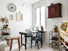 Un piso para cuatro, con muebles recuperados y maravillosas piezas vintages…