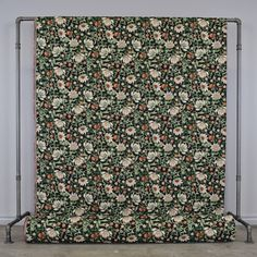 Molly svart Curtains, Blanket, Bed, Prints, Home, Blinds, Stream Bed, Ad Home, Blankets