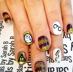 Glittering Gryffindor nails for the Harry Potter lover!