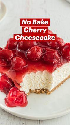 Strawberry Dessert Recipes, Cherry Recipes, Strawberry Desserts, Fruit Recipes, Desert Recipes, Baking Recipes, No Bake Cherry Cheesecake, Easy Cheesecake Recipes, Cheesecake Desserts