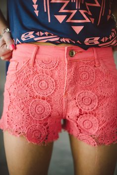 Must have: lace shorts for the summer - Fashion Outfits Outfits Plus Size, Outfits For Teens, Summer Outfits, Cute Outfits, Summer Shorts, Summer Clothes, Cute Fashion, Look Fashion, Teen Fashion