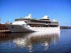 CRUCEROS EN URUGUAY: Splendour of the Seas en la tarde montevideana
