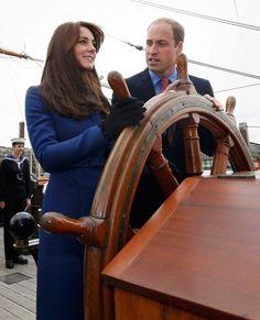 Fotos: Kate Middleton brilha com o seu novo look na Escócia