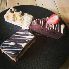 Créations du jour : shortbread chocolat blanc, rich shortbread et gateau tout choco et amandes