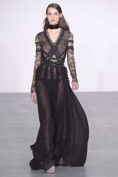 Antonio Berardi RTW Fall 2016 | Romantic, lace dress = #LFW trend [Photo: Giovanni Giannoni]