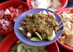 Rojak or fruit salad with Malaysian attitude - Features Fruit Salad, Avocado Toast, Attitude, Dishes, Star, Breakfast, Travel, Food, Morning Coffee
