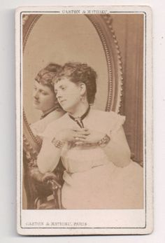 Vintage-CDV-Woman-Identified-Querella-Actress-Noble-Gaston-Mathieu-Photo-Paris
