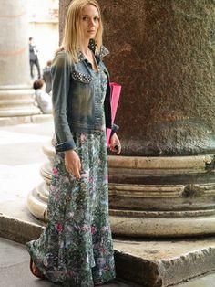 Платье с джинсовой курткой: фото длинных, шифоновых, кружевных и черных платьев с джинсовыми куртками