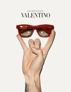 the Rouge Absolute signature eyewear can be personalized with your very own initials Object Photography, Fashion Photography, Product Photography, Fashion Prints, Love Fashion, Valentino Sunglasses, Brand Campaign, Terry Richardson, Fashion Advertising