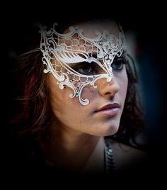 "Women/'s Girl/'s Deluxe Asymmetric Masquerade Glitter Mask /""Aurora/"""
