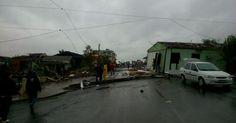 'Quando eu virei, minha casa estava no meio da rua', diz moradora de SC