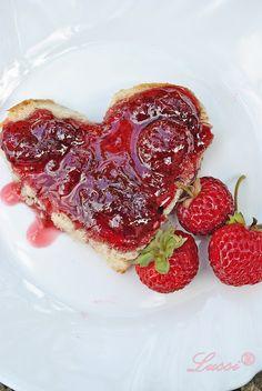 Lussi`s World of Artcraft: Сладко от ягоди - супер рецептата на баба / Grandma's Strawberry Jam Recipe