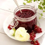 Hillot, marmeladit ja hyytelöt Red Currant Jam, Jam Recipes, Chocolate Fondue, Preserves, Mousse, Blueberry, Food Photography, Berries, Food And Drink