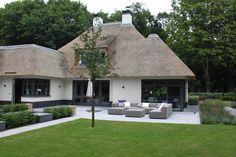 Outdoor Lifestyle exclusieve loungesets - Nieuwbouw villa Blaricum - Hoog ■ Exclusieve woon- en tuin inspiratie.