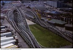 'The Flyer' Rollercoaster track Toronto Ontario Canada, Cool Photos, Amazing Photos, Historical Pictures, Landscape Photos, Back In The Day, Old Pictures, Roller Coasters, Coney Island