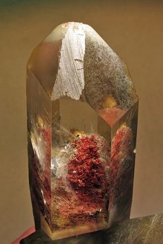 Quartz with Hematite phantoms