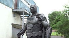 Este disfraz de Batman es tan realista que ya rompió un Récord Guinness
