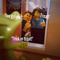 Made my own supernatural minifigures in #legostore recently to stage in different scenes and scenarios.  New favourite #pasttimes Hope you like em. This scene is #trickortreat #halloween #samanddean style #samanddeanwinchester #supernatural #supernaturalfandom #supernaturalfamily #brick #lego #bricknetwork #legos #legostagram #minifigures #minifigureslego #legobricks #minifigures #legominifigures #pie #pose #scene #humor #funny #like4like #l4l #l4like #followme