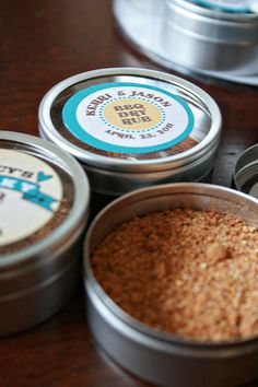 Spice rub wedding favor... my Dad could def. make this!