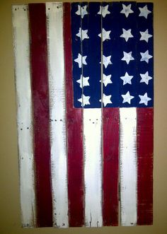 Reclaimed Pallet Wood American Flag...could also try this with old fencing