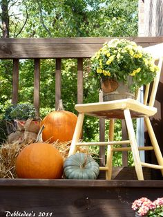 Fall decorating ideas- use the kids small chair to hold the chalk board