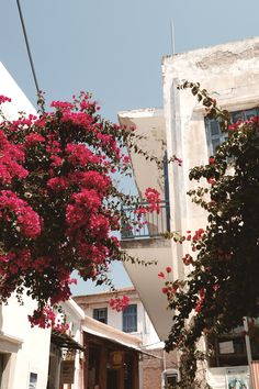 Our guide to Naxos Greece Naxos Greece, Gifts For Photographers, Square Photos, Flash Photography, Photo Checks, Greece Travel, Best Memories, Taking Pictures, Pop Up