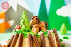 Kindergeburtstag-Pferd-Torte-Pferde-Torte
