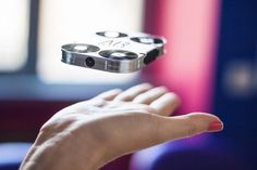 AirSelfie mini drone uses 5MP camera to take your selfie - SlashGear