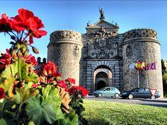 Toledo-Puerta Bisagra
