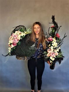 Grave Decorations, Funeral, Flower Arrangements, Crown, Flowers, Fashion, Centre, Moda, Floral Arrangements