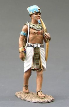 Ancient Egypt Hunting Pharaoh - Made by King and Country Military Miniatures and Models. Factory made, hand assembled, painted and boxed in a padded decorative box. Excellent gift for the enthusiast. Egyptian Era, Egypt Concept Art, Cleopatra, Prince Of Egypt, Modelos 3d, King And Country, Afro Punk, Male Face, Ancient Egypt