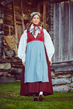 Kvinnfolk Folk Costume, Costumes, Folk Fashion, Folklore, Norway, Scandinavian, Embroidery, Vintage, Style
